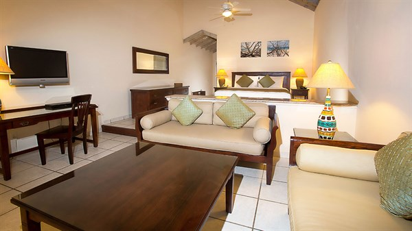 Premium Beachfront Suite