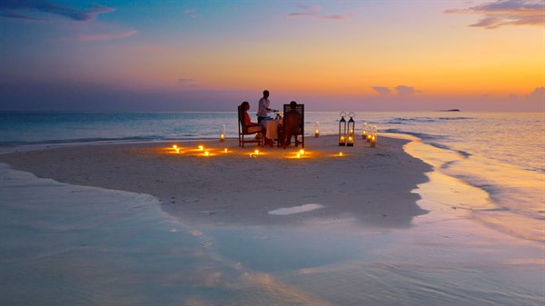 Dinner on the sandbank